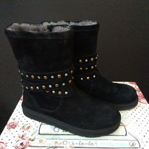 UGG Australia Clovis Boots, Black Size 8